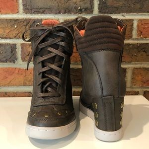 NWOB Report Studded Wedge Sneakers Size 7.5